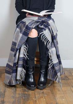 Recycled Wool Knee Blanket in Bannockbane Silver Tartan