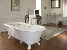 Rushton Hall Hotel and Spa: Huge bathroom with a #clawfoot tub in the middle of the room