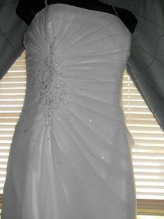 Impressions Bling Wedding Gown Size 16 Long Train Bodice Built in Bra & Corset