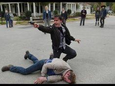 andrew lincoln | Rick Grimes (Andrew Lincoln) y Pete (Corey Brill). (Foto: AMC) | Foto ...