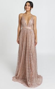 Gold Glitter Bridesmaid Dresses, Rose Gold Dresses, Rose Gold Long Dress, Rose Gold Gown, Rose Gold Wedding Dress, Bridesmaid Dress Colors, Colored Wedding Dresses, Gold Sparkly Bridesmaid Dresses, Gold Sequin Long Dress