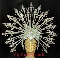 Crown Drawing, Mardi Gra, Creative Costumes, Headpieces, Headdress, Hair Pieces, Cowl, Masks, Ceiling Lights