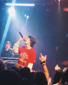 Conan Gray's concert in Amsterdam 5sos Concert, Concert Crowd, Shawn Mendes Concert, Rock Concert, Concert Tickets, Conan Gray Aesthetic, Music Aesthetic, Tame Impala Concert, Melanie Martinez Concert