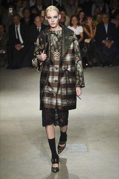 Guarda la sfilata di moda Antonio Marras a Milano e scopri la collezione di abiti e accessori per la stagione Collezioni Autunno Inverno 2017-18.