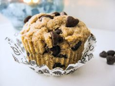 Single Serving Healthy Chocolate Chip Muffin (recipe for only 1 healthy muffin!).
