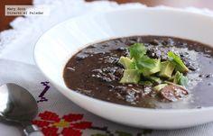 Sopa de frijol negro y vegetales