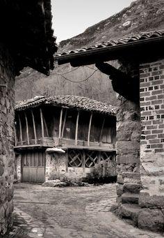 Horreo, Soto de Agues, Sobrescobio, Asturias, Spain