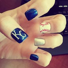 KC Royals nail design. Loved them!