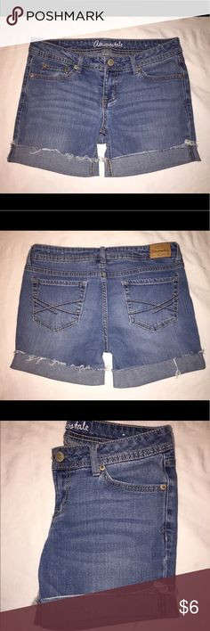 Jean Shorts Jean Shorts made from an older style of Aeropostale jeans. Size 6. Can be worn as pictured or cuffed differently. Super cute for summer! Aeropostale Shorts Jean Shorts