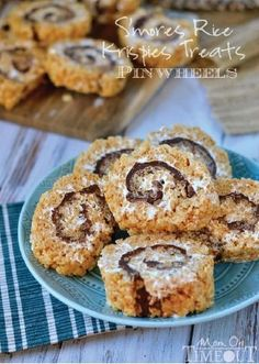 S'mores Rice Krispies Treats® Pinwheels are a revamped twist of the chocolaty, delicious treat kids love on a summer night—all wrapped up in an easy-to-eat, cream-filled round slice.