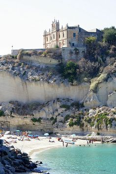 Tropea beach by Gerald Claessens, via Flickr