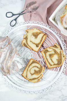 Nuss-Zopf & Nuss-Schnecken Pancakes, Breakfast, Ethnic Recipes, Food, Almonds, Challah, Fruit Cakes, Bakeware, Snails