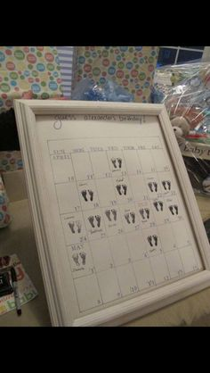 Guess the baby's birthday calendar. Cute!!