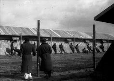 #Fotografía Agustí Centelles i Ossó. Camp de réfugiés de Bram. France 1939