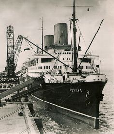 Norddeutscher Lloyd EUROPA at the Columbuskaje, Bremen, later 1930s via Todd Neitring