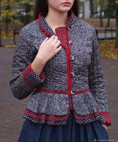 Стеганый жакет Узорочье (в синем варианте) Folk Fashion, Womens Fashion, Pakistani Suits, Mantel, Rock, Rompers, Blazer, Sewing, Sweaters