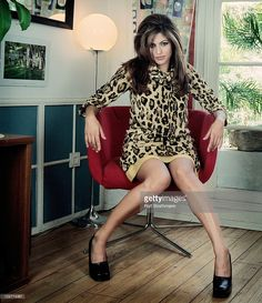News Photo : Actress Eva Mendes poses at a portrait session...