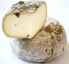 Pecorino Foglie di Noce- Firm Sheep's cheese from Italy. (old world cheese class Fromage Cheese, Queso Cheese, Milk And Cheese, Wine Cheese, Aged Cheese, Wine Recipes, Snack Recipes, Cheese Cave, Charcuterie