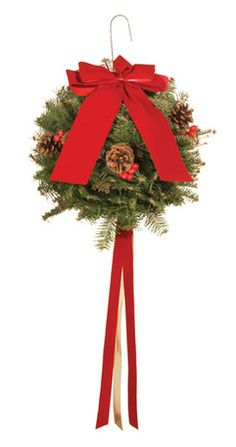 Mistletoe Kissing ball Santa Christmas, Winter Christmas, Christmas Holidays, Xmas, Holiday Ideas, Christmas Ideas, Christmas Crafts, Christmas Decorations, Holiday Decor