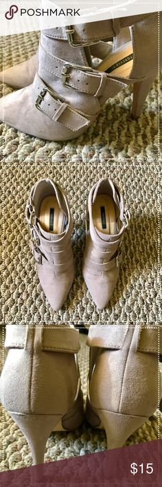 """Forever 21 taupe booties Minor wear and tear. All displayed in photographs. 4"""" heels 👠 Forever 21 Shoes Ankle Boots & Booties"""