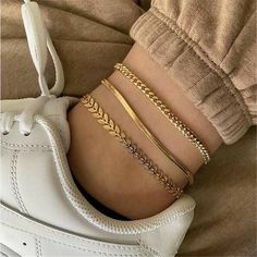 Ankle Jewelry, Cute Jewelry, Ankle Bracelets Gold, Gold Ankle Chain, Pretty Necklaces, Beautiful Necklaces, Diy Jewelry, Jewelry Rings, Handmade Jewelry