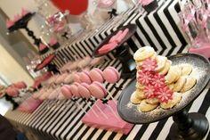 Paris Party-love stripe background