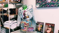Find fashionable boutiques, vintage stores with loads of cute clothes, but we help you find the best stores on the Lower East Side