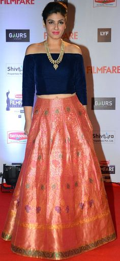 ♥ beautiful dress, i guess it is manish malhotra