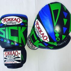 10 oz YOKKAO Sick Blue Green Muay Thai MMA Boxing Gloves Real Leather Mma Boxing, Mountain Dew, Boxing Gloves, Muay Thai, Real Leather, Sick, Blue Green, Sports, Hs Sports