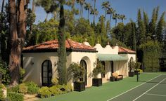 """what a charming """"tennis pavillion"""" of all things Spanish House, Spanish Colonial, Spanish Style, Spanish Architecture, Architecture Details, Garden Of Allah, California Bungalow, Pool Houses, Wonders Of The World"""