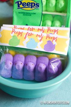 "Talk about adorable! Print these ""Peeps for my Peeps"" Printable Treat Bag Toppers and share your peeps this spring! Great for Easter parties too!"