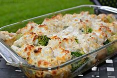 Chicken, Broccoli and Potato Casserole - Potato Recipes Broccoli And Potatoes, Broccoli Bake, Broccoli Recipes, Chicken Broccoli, Potato Recipes, Chicken Recipes, Broccoli Casserole, Recipe Chicken, Yukon Potatoes