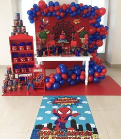 "Monalisa Morais on Instagram: ""Linda #miniparty do #homemaranha via @inspiresuafesta ❤💙🕷🕸 . . Por @eraseunavezdecoraciones  Torta por: @marycaya_cakes  Cakepops y…"" Superhero Birthday Party, 3rd Birthday Parties, Birthday Balloons, Birthday Party Decorations, Party Themes, Man Birthday, Spiderman Theme Party, Baby Spiderman, Superman Party"
