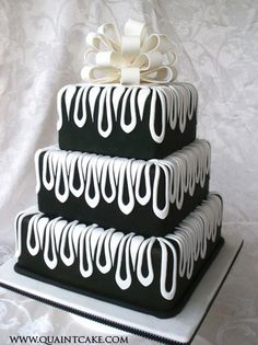 Start your own Wedding Cake Business! http://cakestyle.tv/products/wedding-cake-busines-serie/?ap_id=weddingcake - Elegant black  white #WeddingCake