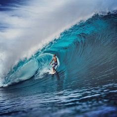 Why race down the line when you can enjoy the view? Kelly Slater, Tavarua. Photo: Todd Glaser