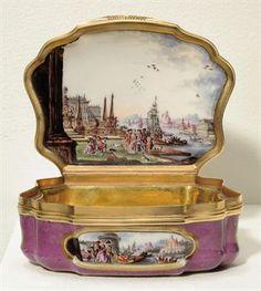 German snuffbox by Meissen