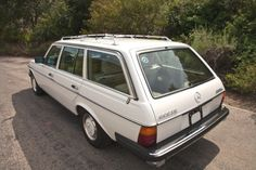Mercedes Benz W123 300 TD  1979 - One of the Preppiest (is that a word?) girls I ever knew drove a car like this.