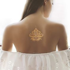 Gold and Silver Henna Design