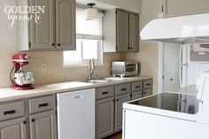 Chalk Painted Cabinets in French Linen with White Appliances.great idea for a small kitchen with white appliances! Painting Kitchen Cabinets White, Kitchen Cabinet Colors, Kitchen Paint, Kitchen Redo, Kitchen Colors, New Kitchen, Kitchen White, Kitchen Ideas, Grey Cabinets
