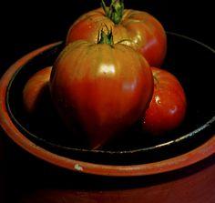 Seminte Rosii Inima de Bou Rosu Seeds, Vegetables, Flowers, Food, Essen, Vegetable Recipes, Meals, Royal Icing Flowers, Flower