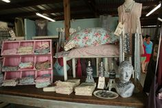 Texas Rose Antique Show...love this display and love the fabric too