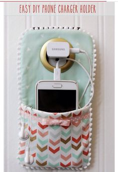 My latest Musely find blew my mind: DIY PHONE CHARGER HOLDER!