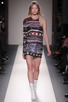 Balmain Fall 2011 Ready-to-Wear Fashion Show - Sasha Pivovarova