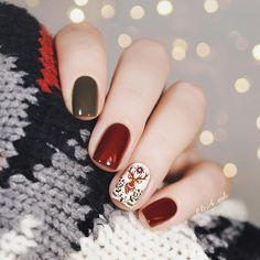 fall nail colors,best fall colors for nails,nail art fall nails trend Nail art for fall 2019 is all about the intersection of subtlety and excess. with your nails. Autumn Nails, Fall Nail Art, Fall Nail Colors, Winter Nails, Spring Nails, Summer Nails, Holiday Nails, Christmas Nails, Xmas Nails