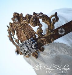 Statue Crown Santos Vintage Jewelry Parts by edithandevelyn on Etsy