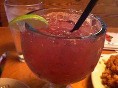 Raspberry Margarita, Margarita Drink, Raspberry Liqueur, Margarita Recipes, Fruit Drinks, Party Drinks, Cocktail Drinks, Yummy Drinks, Tequila Drinks