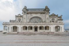 "According to photographer Romain Veillon: ""During a recent trip to Romania, I had the chance to shoot the abandoned casino in Constanta. As a pearl watching… Old Buildings, Abandoned Buildings, Abandoned Places, Abandoned Castles, Constanta Romania, Haunted Places, Abandoned Mansions, Bored Panda, Old Houses"