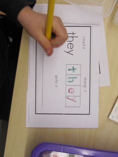 Joyful Learning In KC: Sight Word Stamping Book!