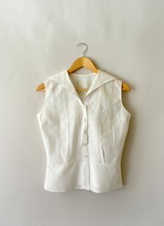 1950s Vintage White Cotton Eyelet Summer Blouse - From Sweet Bee Finds