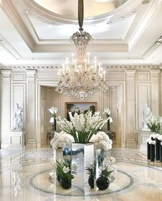 Stunning luxury interior design ideas from modern boutique hotels. Lobby, bedroom, stairways and entryways, a room by room guide to find inspiration with the best interior architecture from world renowned hotels. Luxury Home Decor, Luxury Interior Design, Best Interior, Interior And Exterior, Luxury Homes, Interior Doors, Interior Ideas, Entryway Light Fixtures, Entryway Lighting